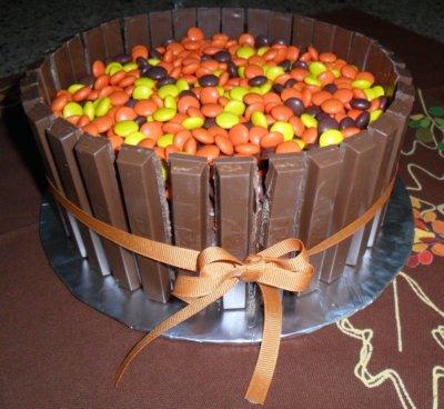 autumn-reeses cake